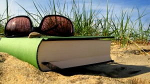 6977_Read-a-book-and-relax-in-your-summer-holiday